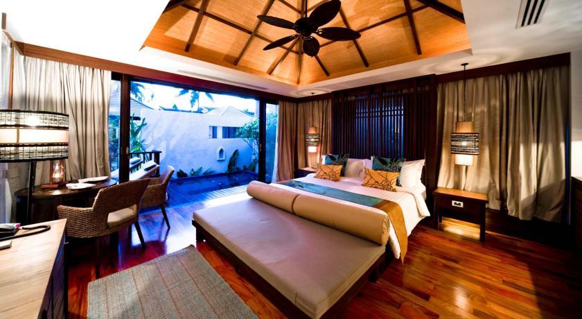 sareeraya-villas-&-suites